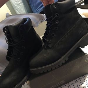 Black Timberland Boots Size 4.5y